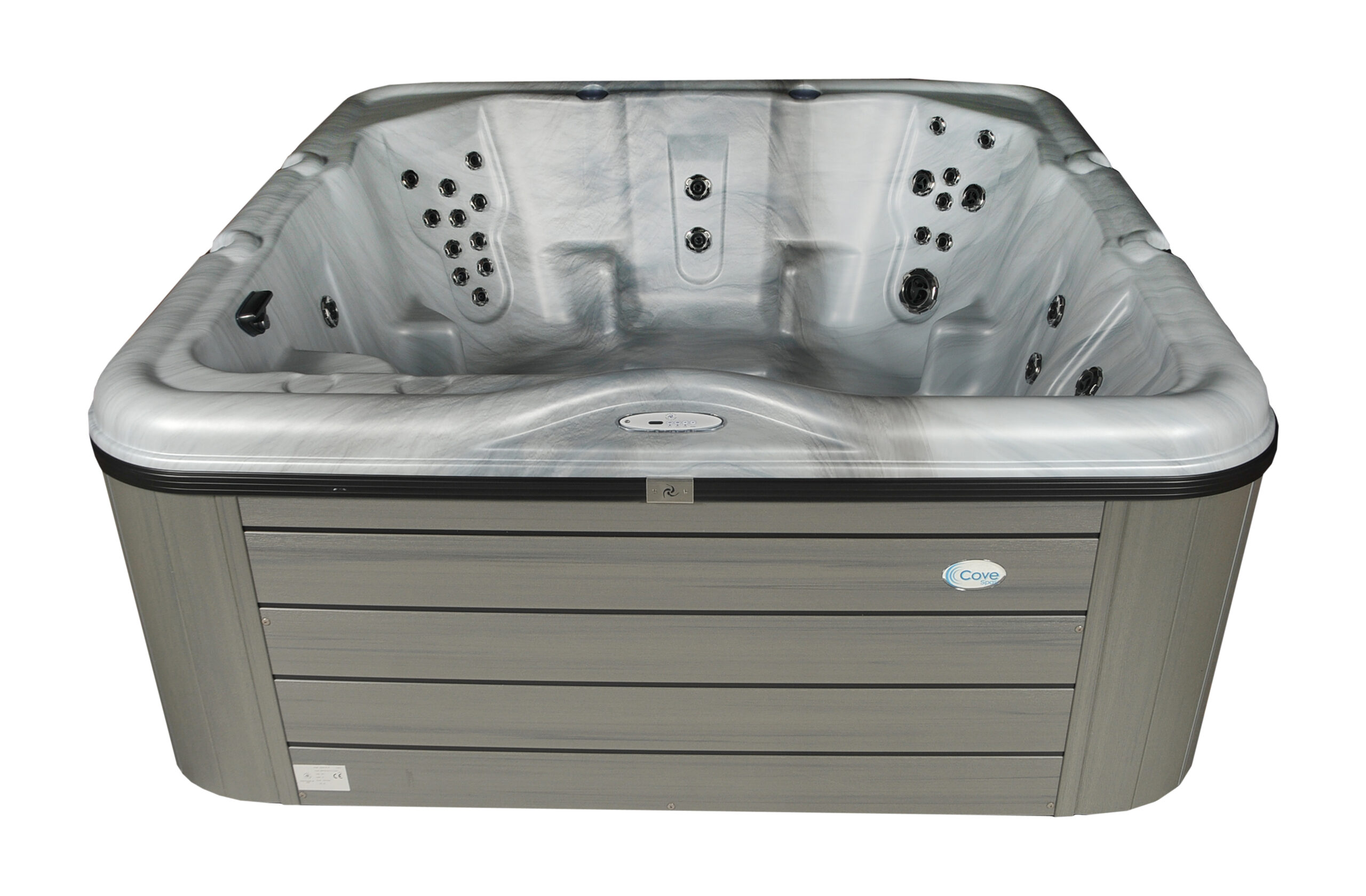 Large holiday home hot tub