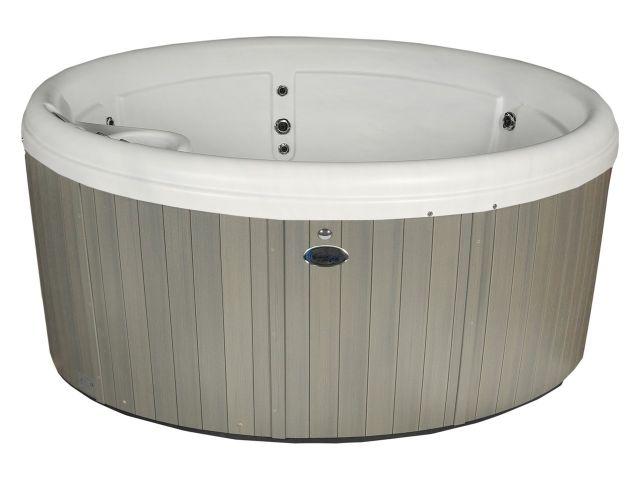 Compact circular hot tub